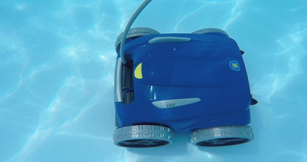 Test du robot nettoyeur de piscine connecté Zodiac RV5480 iQ