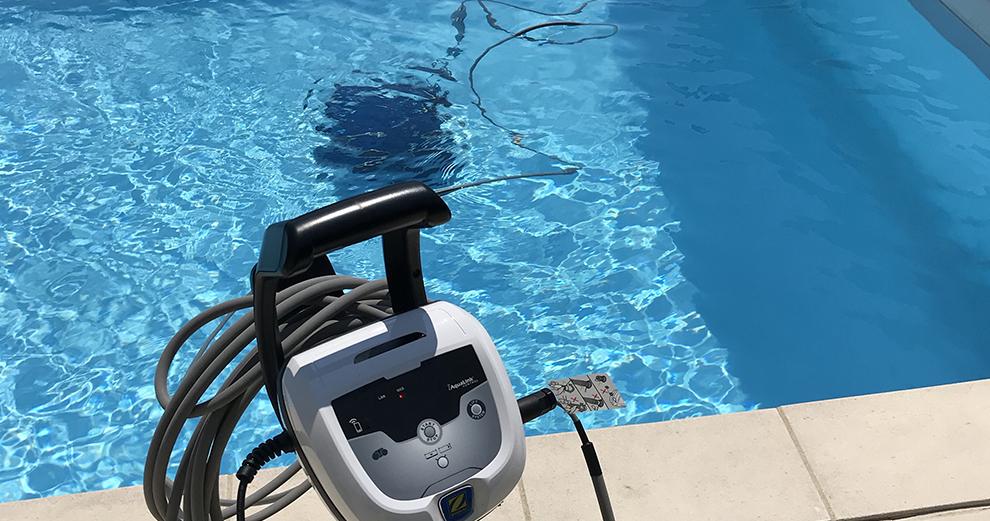 test-zodiac-robot-piscine-nettoyage-domotique-smarthome-rv5480iq-en-cours