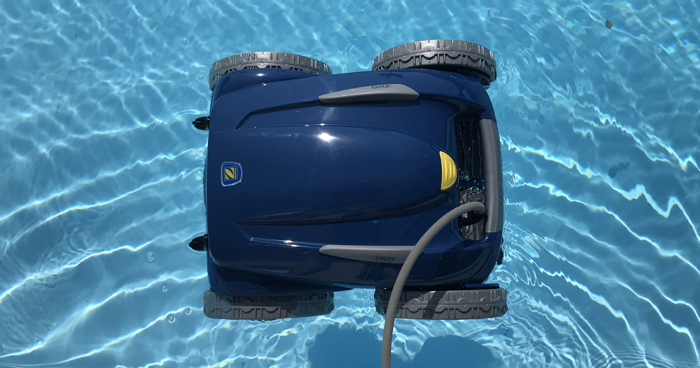 test-zodiac-robot-piscine-nettoyage-domotique-smarthome-rv5480iq-immersion-plongee-aqualink