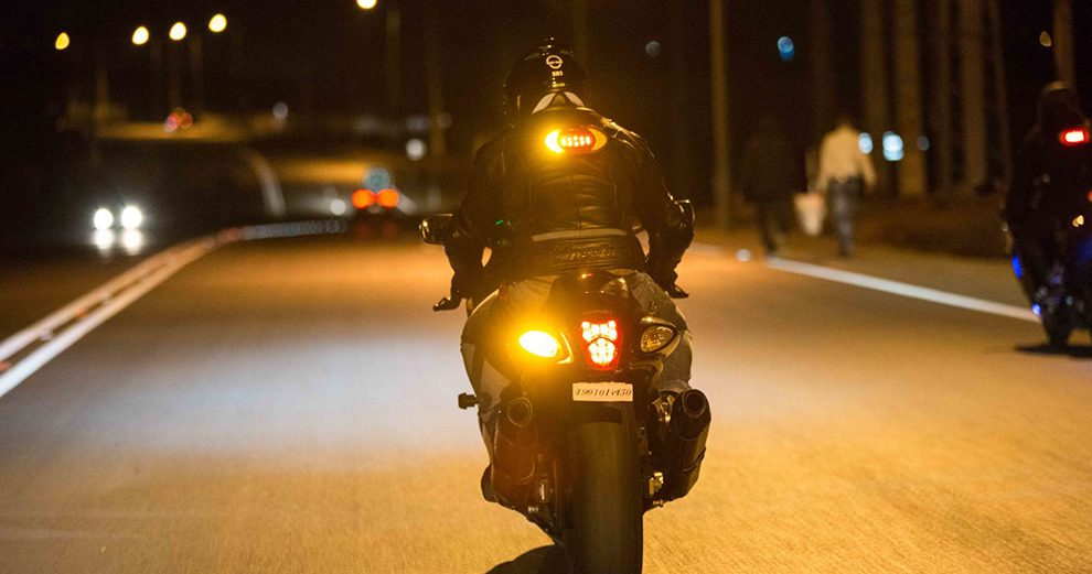 clic-light-moto-securtie-feu-stop