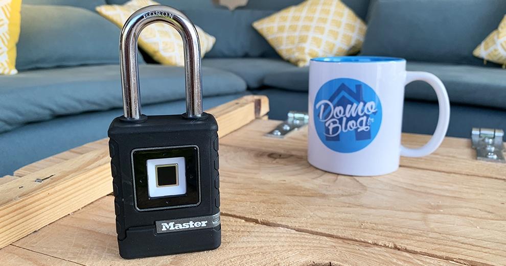test-cadenas-master-lock-biometrique-connecte