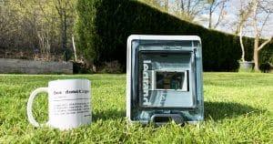 Une box domotique DIY étanche pour l'extérieur avec un Raspberry Pi 4 pour Jeedom ou HA. Comment faire très simplement ?